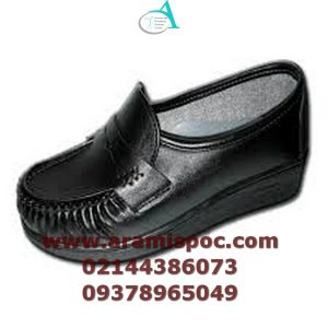 کفش طبی و جنس و شکل کفی ها
